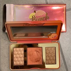 Brand new Too Faced Sweet peach highlight palette